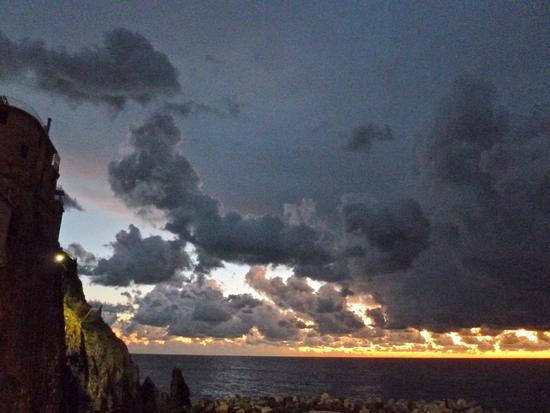 tramonto a pecorelle - Manarola (1888 clic)