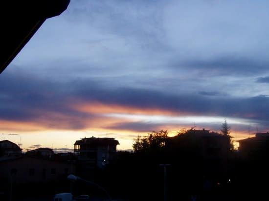 dalla finestra di casa - Treviglio (2228 clic)