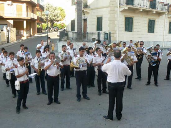 CONCERTO DELLA BANDA MUSICALE CITTA DI TUSA - Acquedolci (10250 clic)