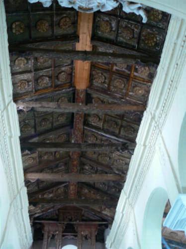 PETTINEO - CHIESA SAN SEBASTIANO - soffitto in legno (2952 clic)