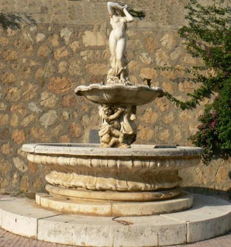 PETTINEO - FONTANA DI VIA ROMA (3418 clic)