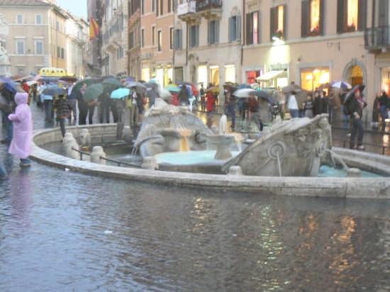 ROMA - PIAZZA DI SPAGNA (3062 clic)