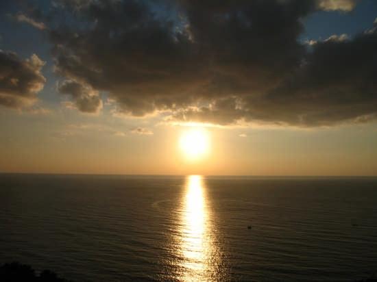 tramonto e nuvole - Nardò (3619 clic)