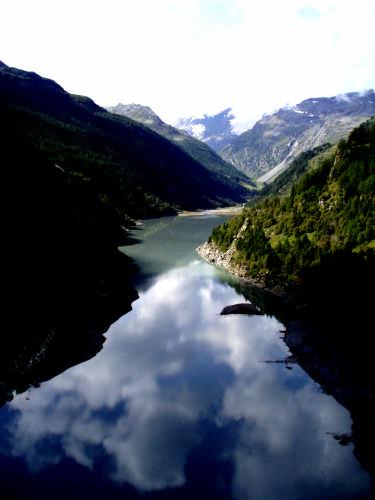 Riflessi !  - Aosta (3939 clic)