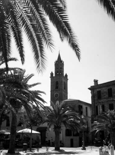 La Piazza - Corropoli (2276 clic)
