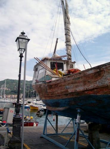 Manutenendo  - Lerici (2893 clic)