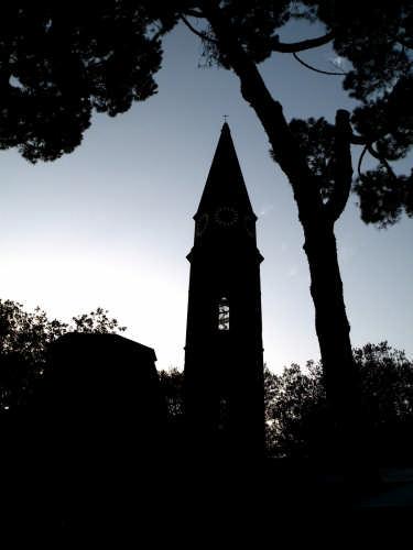 Contorni crepuscolari - Arezzo (2243 clic)