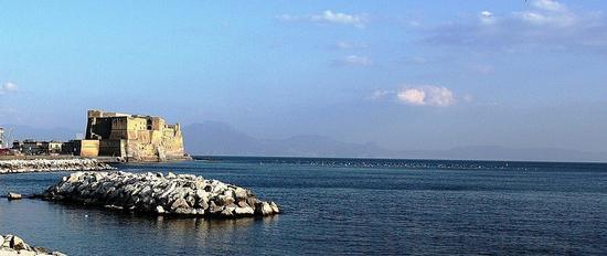 Castel dell'Ovo - NAPOLI - inserita il 29-Apr-11