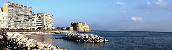 Panoramica lungomare Napoli (3945 clic)