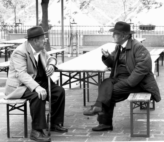 incontri di saggezza - Bagnoli irpino (1981 clic)