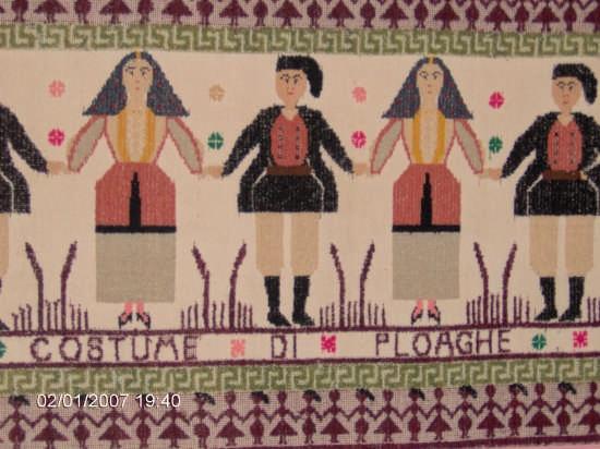 arazzo con costume tradizionale di Ploaghe (5173 clic)