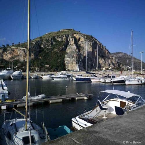 Veduta del Porto di Terracina  (6687 clic)