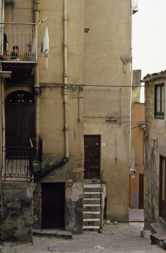 paesaggio urbano - Casteltermini (3634 clic)