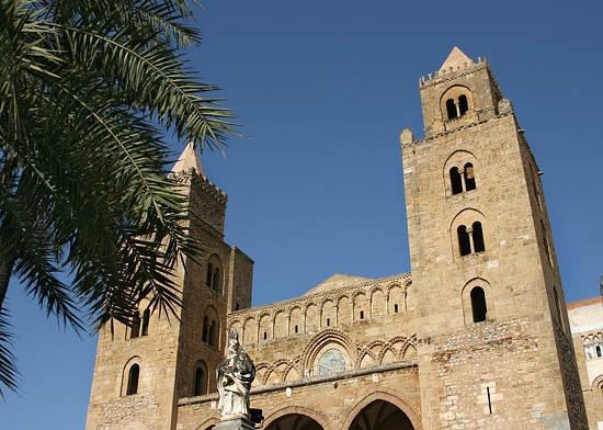 Le torri del Duomo di Cefalù (4796 clic)