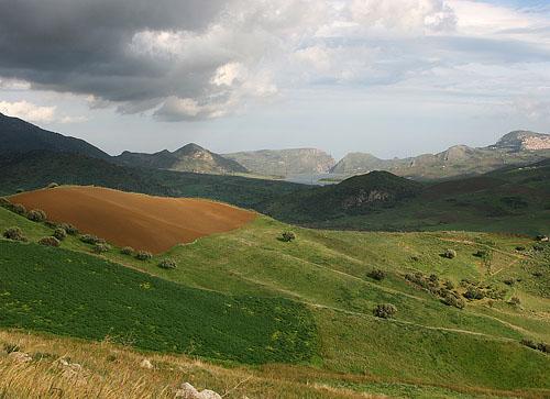 Tra monti e valli - Ciminna (3951 clic)