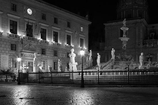 Piazza Pretoria  - Palermo (7475 clic)