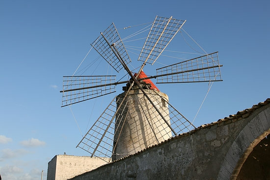Trapani - I mulini a vento (6364 clic)