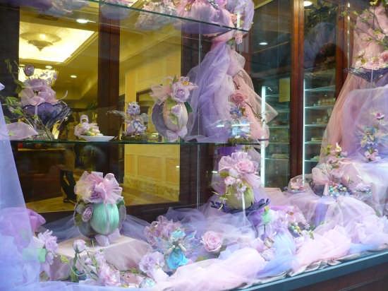 Pasqua in finestra, NaWeL LaviLLe, 2008 - Siena (2104 clic)