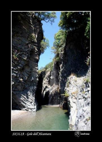 Gole dell'Alcantara - ALCANTARA - inserita il 29-May-08