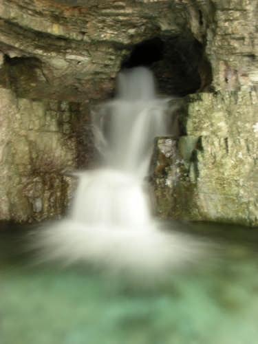 Grotta dello schievo - Barrea (5703 clic)