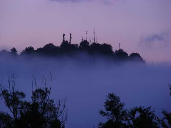 La nebbia agli irti colli - Barrea (3519 clic)