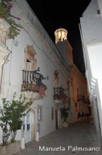 Palazzo Morelli - LOCOROTONDO - inserita il 07-Nov-09