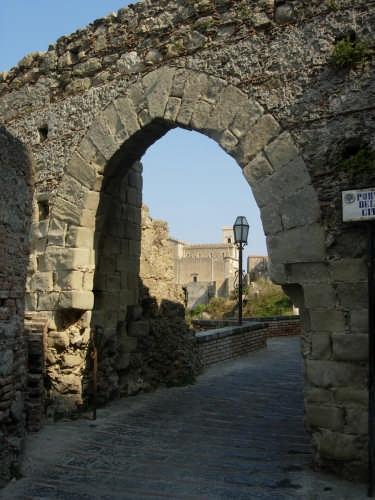 la porta della citta - Savoca (3277 clic)