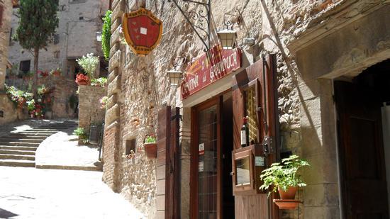 ristorante tipico del luogo - Anghiari (1988 clic)