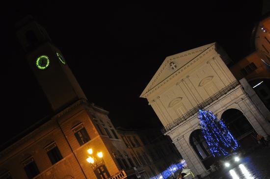 Pisa...a Natale (1788 clic)