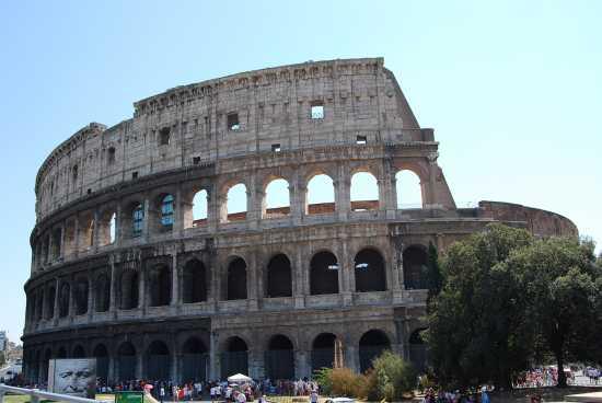 Il Colosseo  - Roma (2753 clic)