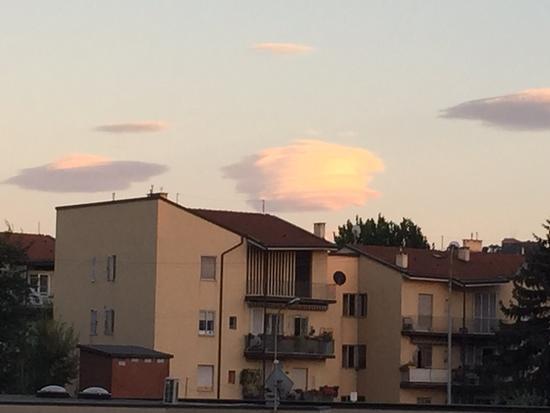 Ufo in ricognizione - Bologna (846 clic)