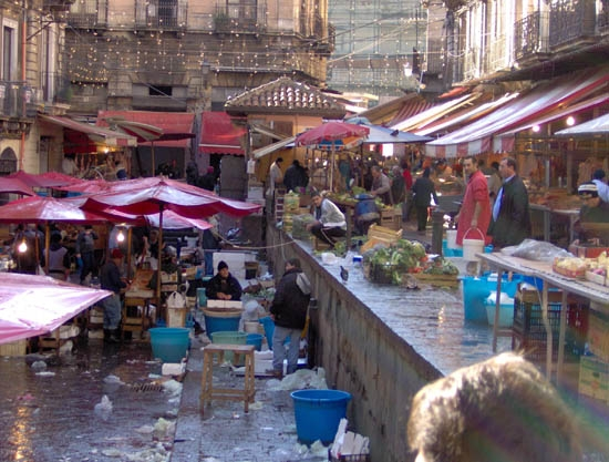 Il mercato del pesce - Catania (6649 clic)