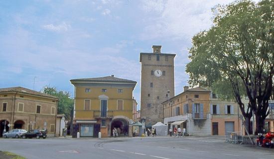 La Torre dell'Orologio o dei Modenesi - Nonantola (4368 clic)