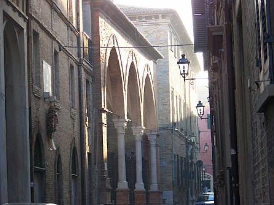 via S. Francesco - Fano (2658 clic)