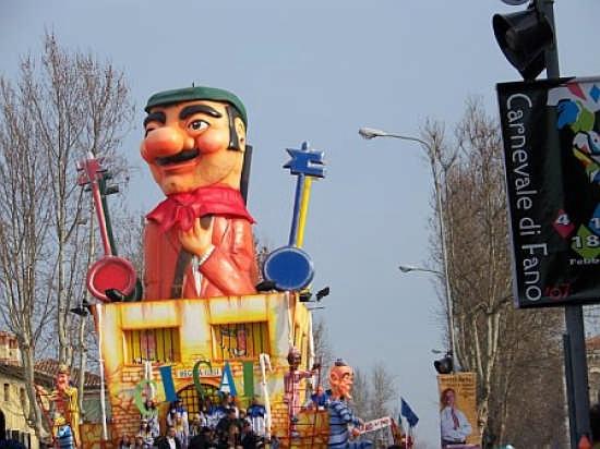 Carnevale di Fano (4625 clic)