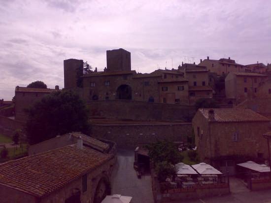 tuscania (2787 clic)
