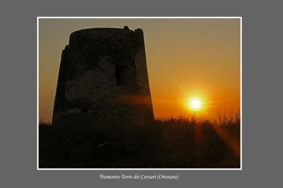 Tramonto - Torre dei Corsari (Oristano) (3579 clic)