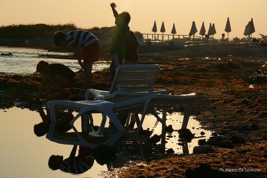 RIflessioni pre-estive... - Marina di pescoluse (1068 clic)
