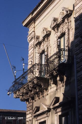 Il Municipio. - Acireale (3092 clic)