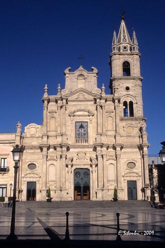 Chiesa dei SS. Pietro e Paolo - Acireale (6911 clic)