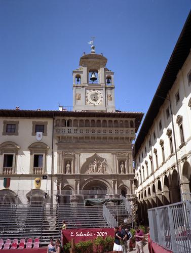 Piazza Grande - Arezzo (1963 clic)