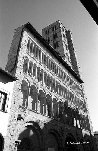 La Pieve di S. Maria - Arezzo (2231 clic)
