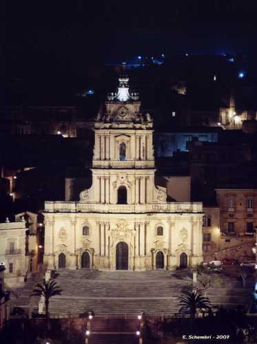 La cattedrale di San Giorgio. - MODICA - inserita il 09-Dec-09