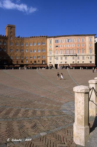 Piazza del Campo - Siena (1554 clic)