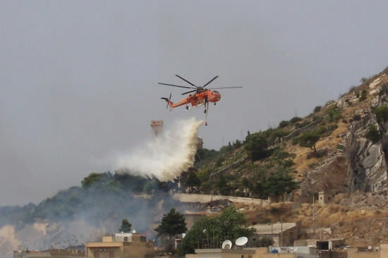 incendio a  Erice - ERICE - inserita il 27-Aug-08