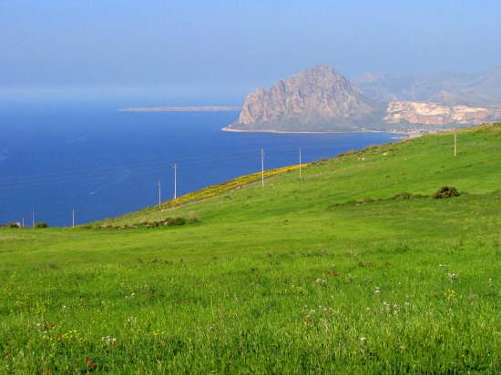 Sicilia,monte Cofano da Erice (6259 clic)