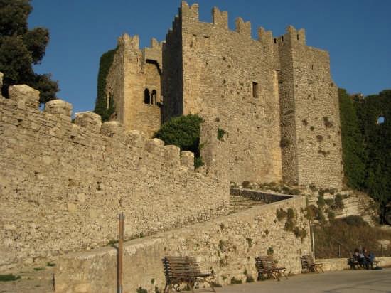 Erice,castello Normanno (6035 clic)