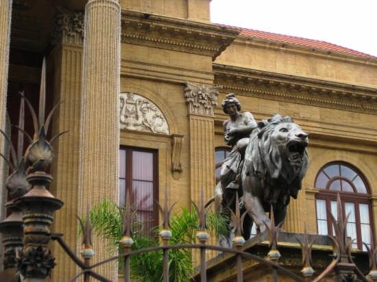 Palermo,Teatro Massimo (4610 clic)