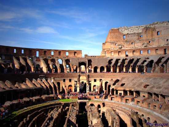 Dentro il Colosseo - Roma (9447 clic)
