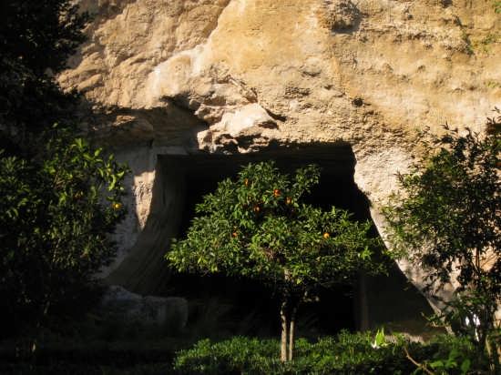 Siracusa,la grotta dei cordari (3548 clic)